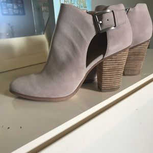Michael Kors Women's Booties. Sz 9.5